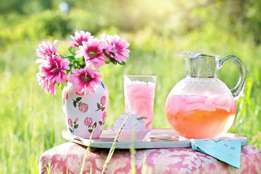 pink lemonade image